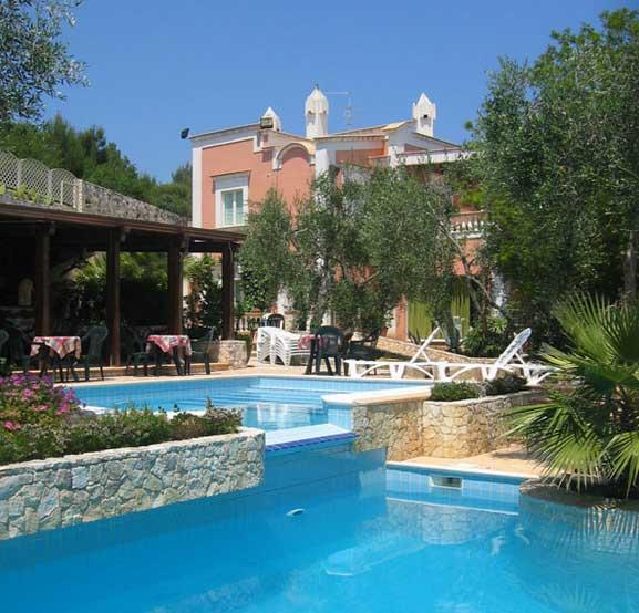 Residence puglia vacanza sul mare con offerte e sconti in economia direttamente in appartamenti - Residence puglia mare con piscina ...