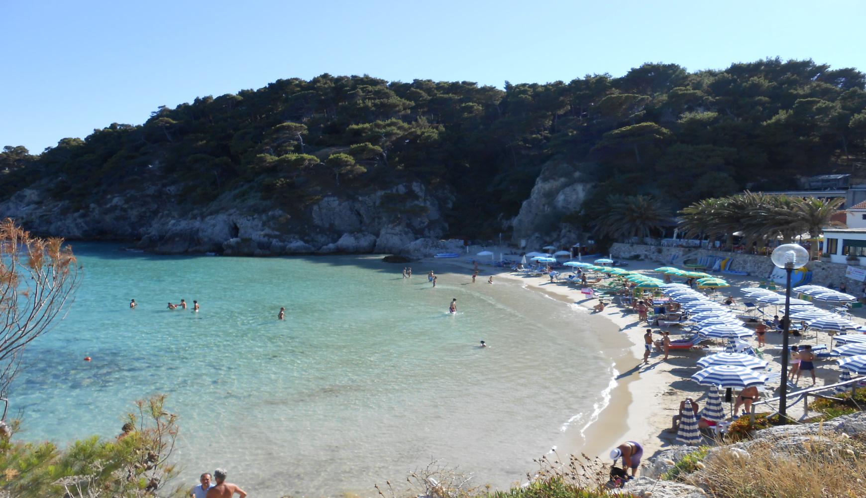 Cala delle Arene con spiaggia alle Isole Tremiti
