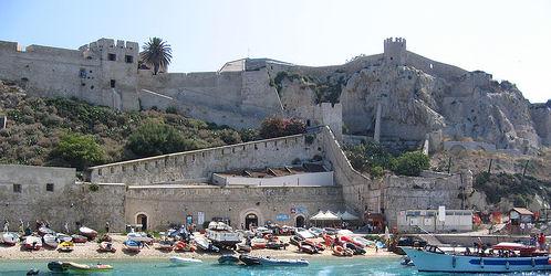 Spiaggia del Castello alle Isole Tremiti