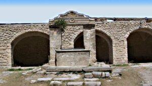 Tour di 3 giorni a Vieste e per il Gargano: chiostro abbazia San Nicola