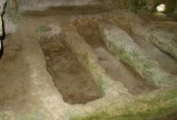 Necropoli la Salata a Vieste: tombe terragne